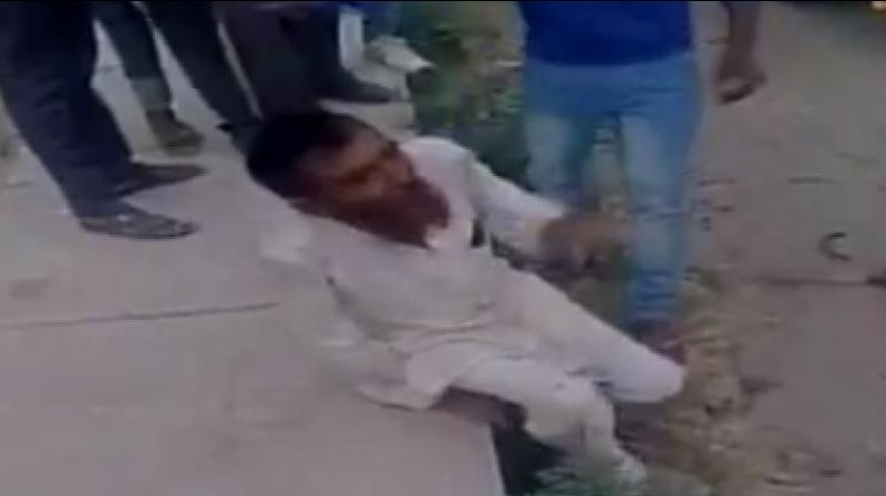 Pehlu Khan (55), his two sons and a few others were transporting cows when they were allegedly stopped and thrashed by a mob near Behror in Alwar district on April 1, 2017.  (Photo: Videograb)