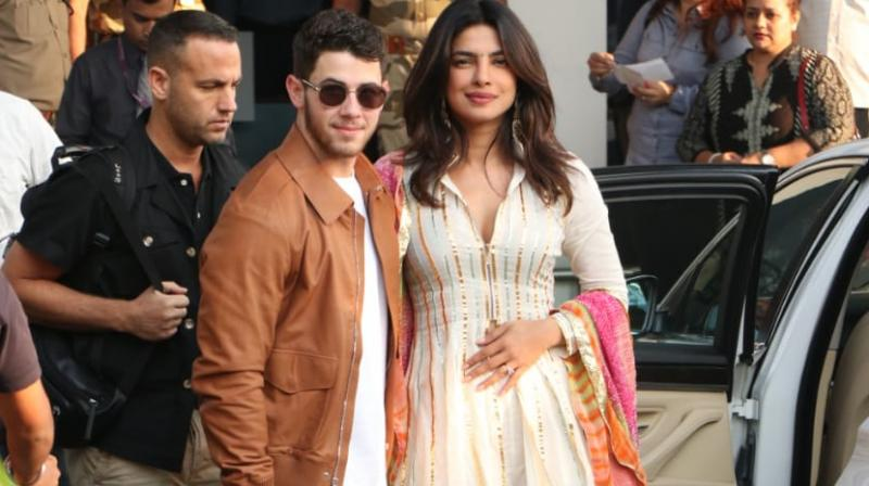 Nick Jonas enjoys 'Mumbai Nights' with fiancee Priyanka Chopra and others