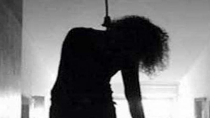 Harassed over inter-faith friendship, girl kills self