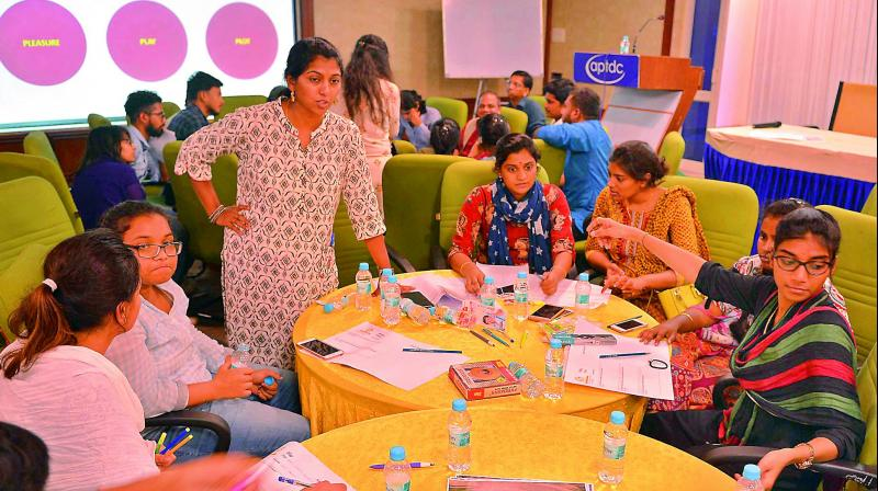 In the wake of the Conference of International Happy Cities scheduled to be held in Amaravati from 10th April to 12th April, the CRDA conducted the hackathon workshop.
