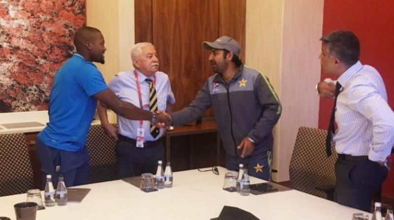 Sarfaraz took to his Twitter handle and shared a picture with Phehlukwayo where both the players could be seen shaking hands. (Photo: Twitter)
