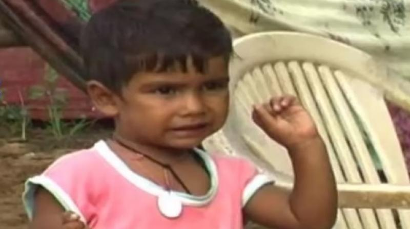 The child's parents tracked down the family in Bholapur and took Jeetan to meet his real father (Photo: YouTube)