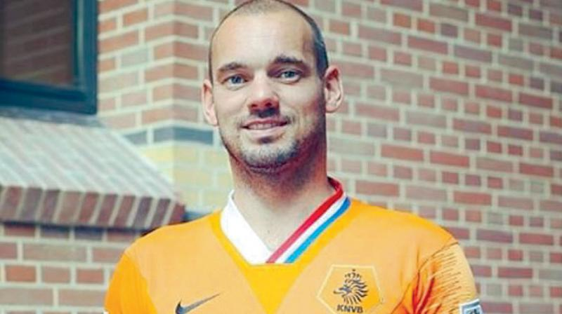 The Netherlands' most-capped player Wesley Sneijder announced on Monday his retirement from football, bringing down the curtain on a trophy-laden career that spanned 17 years.