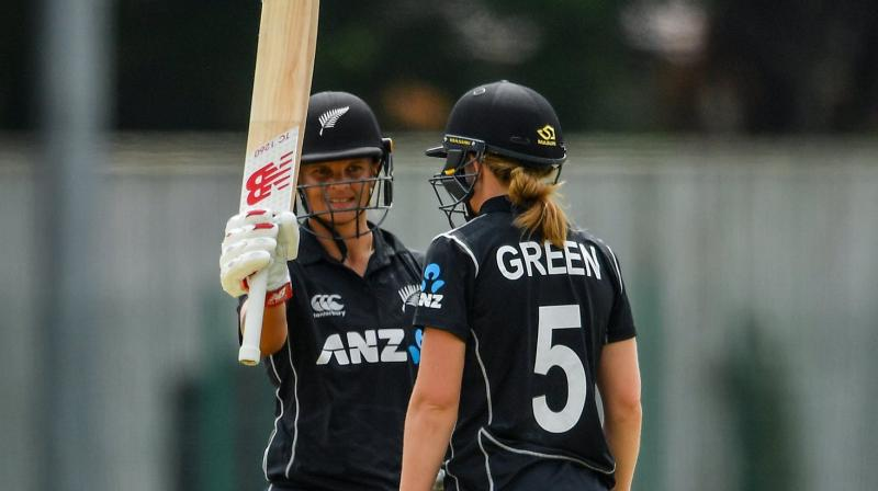 Records tumble in White Ferns win