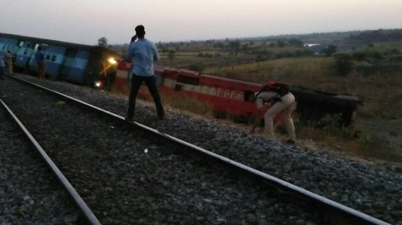 The train derailed between Kalagapur and Bhalki stations in Karnataka on the Parli-Vikarabad section of Secunderabad division at around 1.50 AM today. (Photo: ANI Twitter)