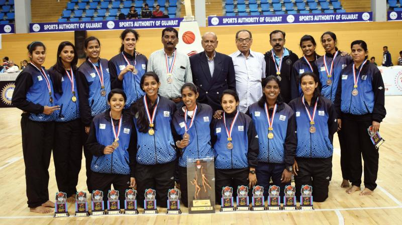 Kerala women retained their bronze medal from last season with a thrilling 79-73 win against Chhattisgarh in the 69th national senior basketball championship at Bhavnagar in Gujarat Saturday.