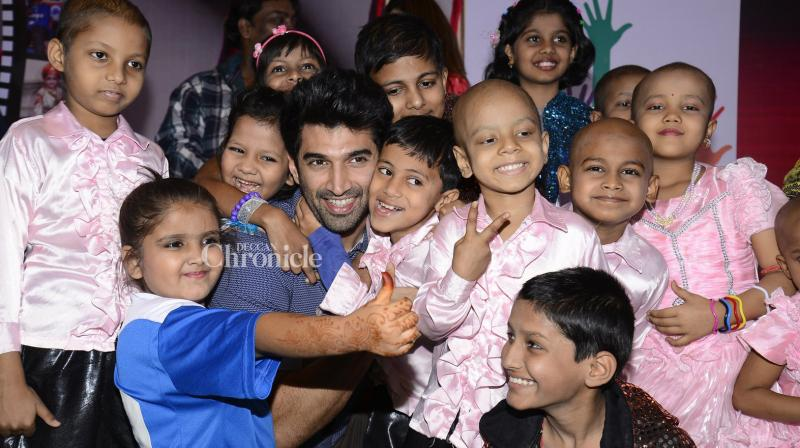 Aditya Roy Kapur spent time with children affected with cancer at the Tata Memorial Hospital in Mumbai. (Photo: Viral Bhayani)