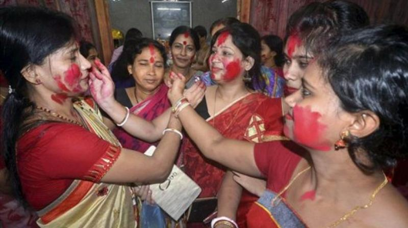 Researchers tested 118 samples of sindoor, a scarlet- coloured powder that is used by women to place a bindi, or red dot, cosmetically on their foreheads (Photo: AP)