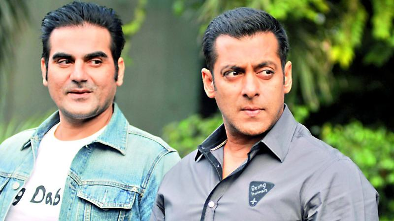 But now with relations between India and Pakistan deteriorating rapidly and seeping down to cultural exchanges as well, the Dabangg producers Salman Khan and Arbaaz Khan and the song's composers Sajid-Wajid have no choice but to replace the original Pakistani voice.
