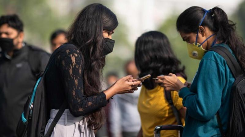 Foreign returnees told to submit selfie, health details online