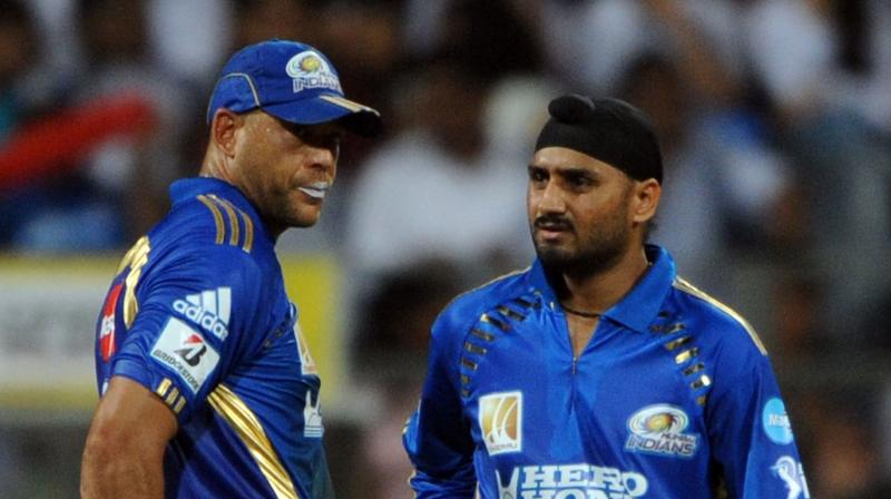 Symonds accused Harbhajan Singh of calling him a 'monkey' in the Sydney Test, a claim that the Indian spinner denied. (Photo: AFP)