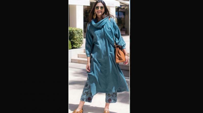 Sonam Kapoor who is known for her eccentric style pairs an Indian kurta with a culotte