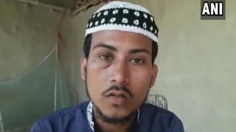 Halder said the local people there rescued him and took him to a hospital for treatment following which he lodged a complaint at the Government Railway Police (GRP) station in Baliganj. (Photo: ANI)