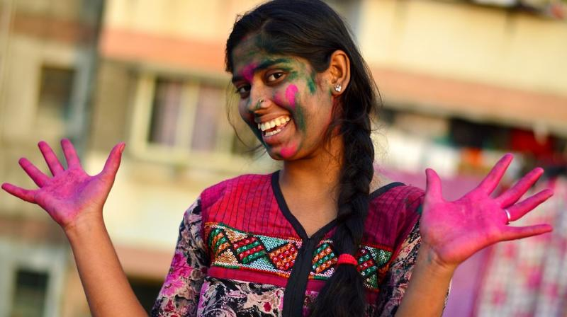 Long weekend around Holi might effect your routine. (Photo: Pixabay)