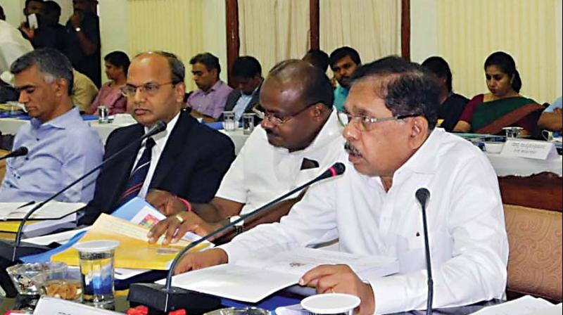 Chief Minister H.D Kumarswamy, Dr G. Parameshwar and others at a meeting with deputy commissioners, chief executive officers and regional commissioners at Vidhana Soudha  in Bengaluru on Wednesday.  (KPN)