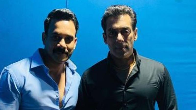 Bharath and Salman Khan. (Image Source: Instagram/ bharath_niwas)