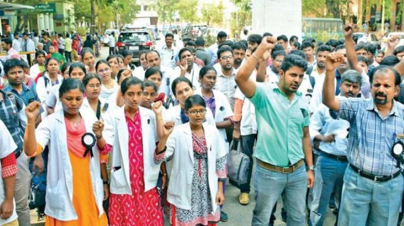 Government doctors in Tamil Nadu have been boycotting work demanding a 50 per cent reservation for them in admission to post-graduate medical courses in the state. (Photo: DC/Representational Image)
