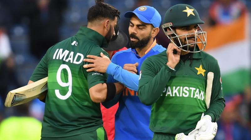 Kohli had posted the pictures of India's victory over Pakistan whereas Sachin had replied to International Cricket Council (ICC).  (Photo:AFP)