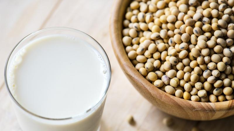 Researchers find link between soy-based milk and menstrual pain.(Photo: Pixabay)