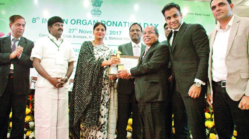 G. Ravinder Rao, the Chairman of the Yashoda Group, received the award for the best hospital for organ donation in New Delhi on Monday. (Photo: DC)