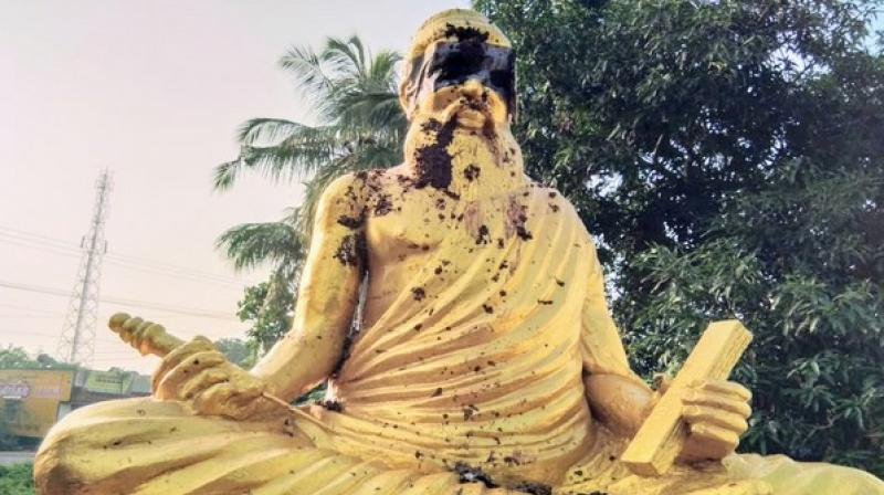 The passerby noticed the desecrated statue and informed the Tamil University police. (Photo: ANI)