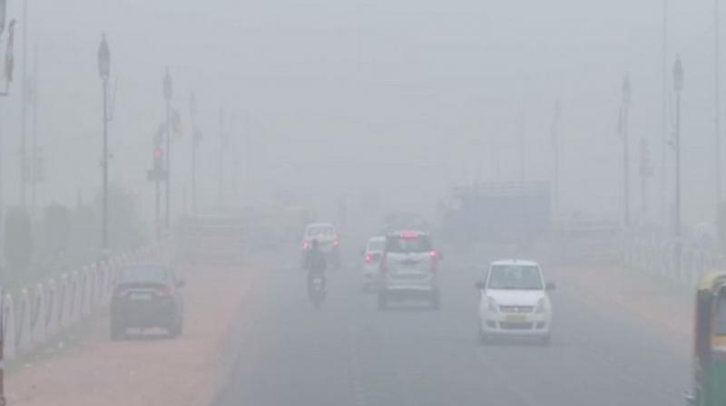 Delhi's air quality worsened again and slipped into the 'severe' category on Tuesday morning. (Photo: File)