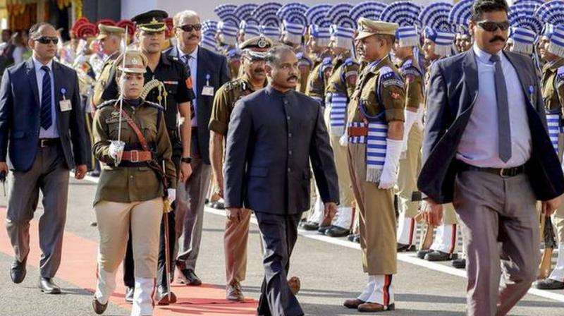 Girish Chandra Murmu, who assumed office as the first Lieutenant Governor of the Union Territory of Jammu and Kashmir on October 31 at Raj Bhavan in Srinagar, inspected the traditional guard of honour given to him by a police contingent at the civil secretariat lawns at sharp 9.30 am, marking the opening of move offices here. (Photo: PTI)
