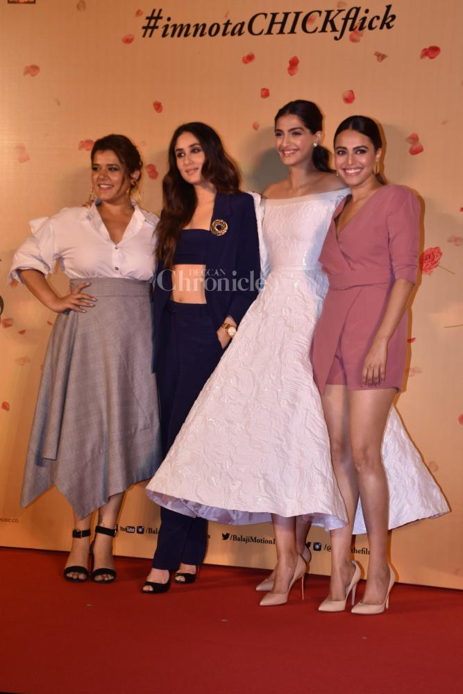 Finally! Kareena, Sonam, Swara and Shikha unveil Veere Di Wedding ...