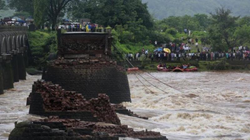 Nitin Gadkari also mentioned the British-era bridge over the Savitri river in Maharashtra last year. (Representational Image)