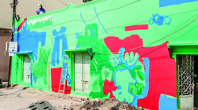 A wall painting by artist Raghav Bhalla. (Photo: DC)
