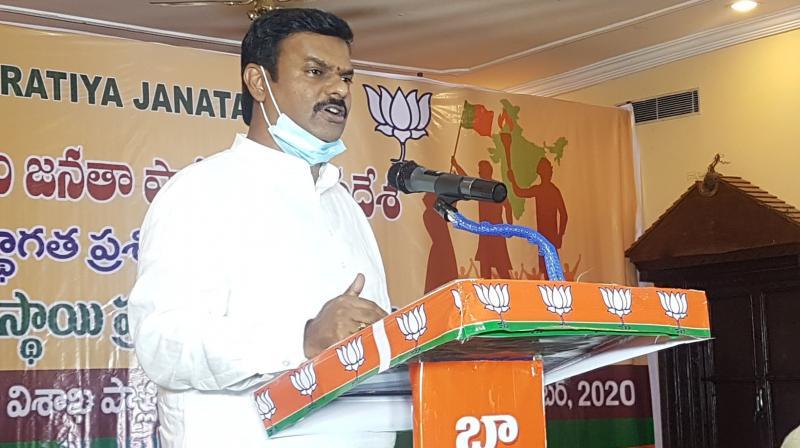 Pandemic hits Ganesh idol makers in North Coastal AP - Deccan Chronicle