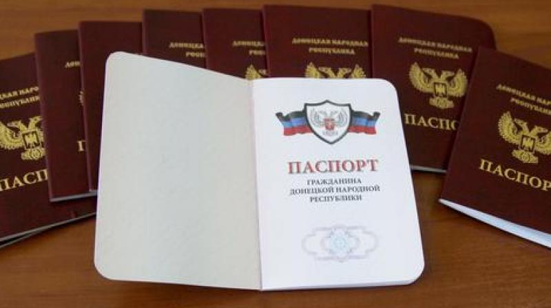 The Kremlin defended its decision to recognize passports issued by separatist authorities in eastern Ukraine, saying it came as a response to Ukraine's blockade of rebel regions. (Photo: AP)