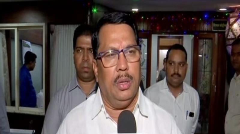 Newly-elected Congress MLAs do not want to see a BJP government in Maharashtra, party leader Vijay Namdevrao Wadettiwar said on Wednesday. (Photo: ANI)