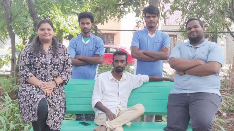 Naveen Mariyan with his team