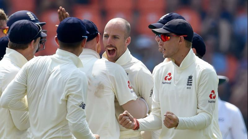 Spinners led by Jack Leach helped England close in on a series-clinching victory after Sri Lanka lost a fighting Angelo Mathews for 88 in the second Test. (Photo: AFP)