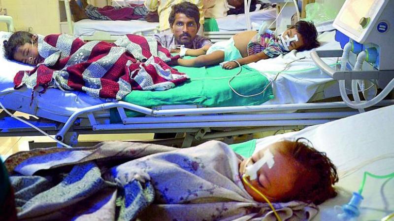 Children admitted in the state-run Baba Raghav Das Medical College in Gorakhpur. (Photo; PTI | File)