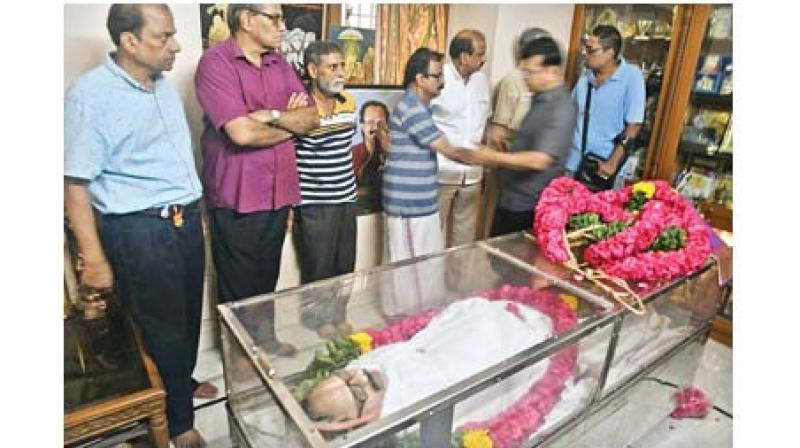 Theatre and film personalities pay homage to Crazy Mohan at his residence in Chennai on Monday. (Photo: DC)