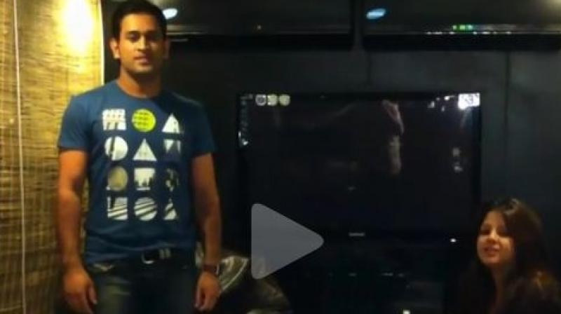 In a throwback video posted by hairdresser Sapna Bhavnani on Instagram, Dhoni was seen dancing to John Abraham's 'Jhak Maar Ke', a Bollywood song from the movie Desi Boyz.(Photo: Screengrab)