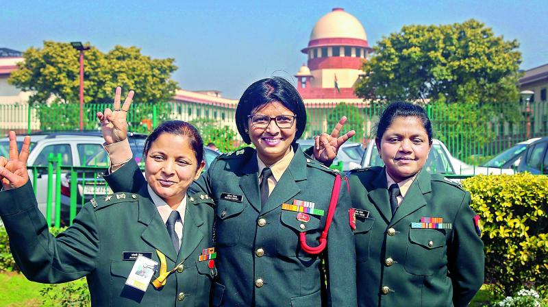 Supreme Court puts Army women in command positions