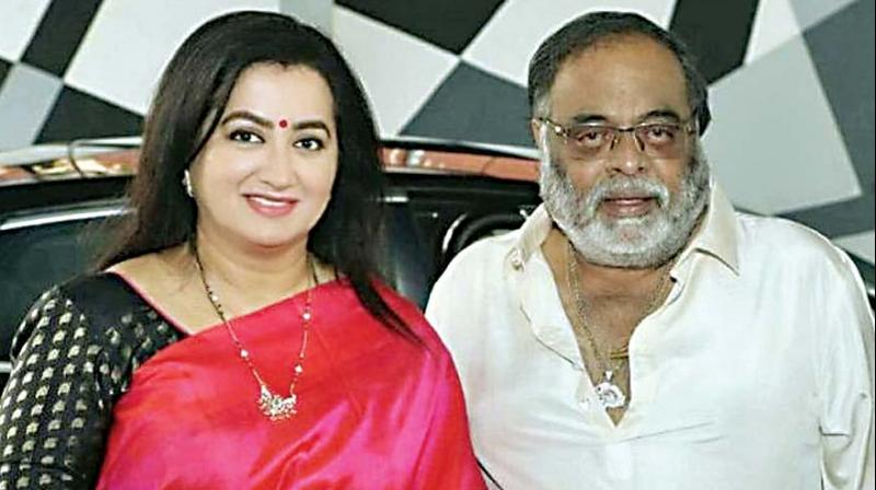 In this photo, actress Sumalatha is seen with her husband and actor-politician late Ambareesh.