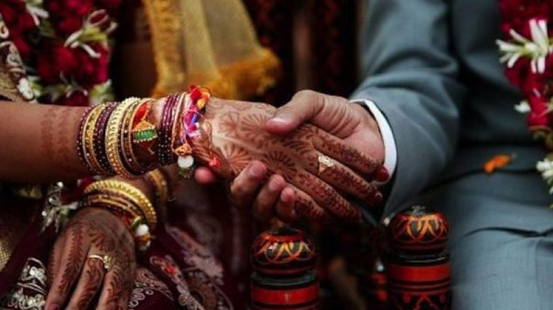 Mehndi Ceremony Mp : Not able to afford a wedding mp couple ties the knot before