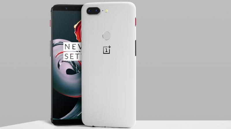 OnePlus 5T Sandstone White Edition launched: Price, features, specifications