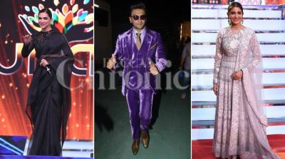 The Umang awards show, held for the police force every year, saw many celebrities come in. While the actors opted to be safe in black, the ladies went for an Indian attire and looked absolutely stunning in them. Ranveer Singh however went beyond them all and we can't even begin to...