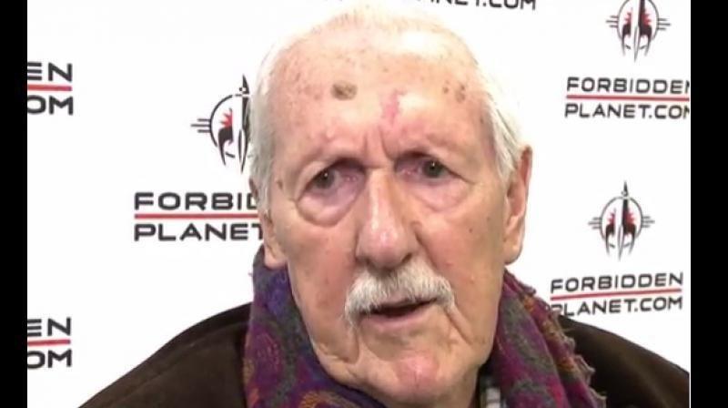 Aldiss was awarded the title of Grand Master by the Science Fiction and Fantasy Writers of America and was named an Officer of the Order of the British Empire by Queen Elizabeth II (Photo: Youtube screengrab/ RCN TV)
