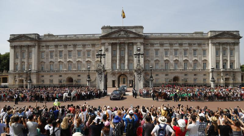 "The royal household will ""decant"" from the east wing of the palace, the public facade which houses the balcony on which Queen Elizabeth and her family appear for significant events, as part a program of urgent work to replace aging electrical wiring and heating systems. (Photo: AP)"