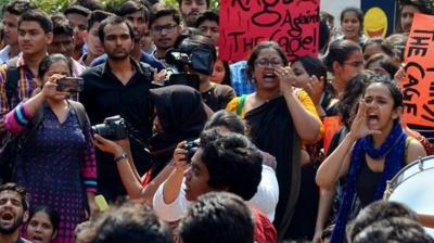 Pinjra Tod began as a women students' collective against oppressive and unjust practices within universities. Twitter Image