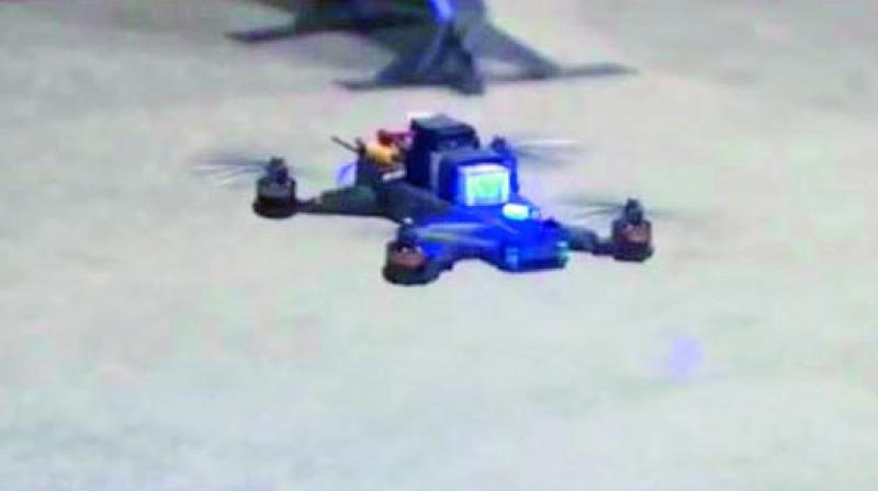Human pilot beats flying drones controlled by artificial intelligence — NASAs drone race