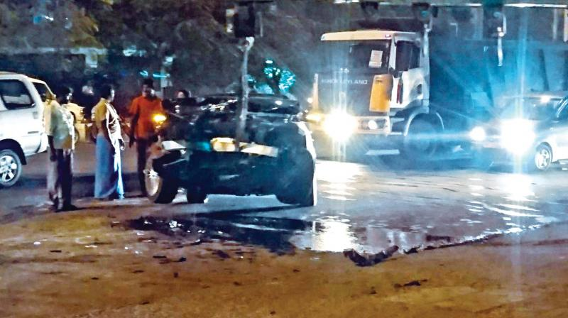 The director was driving his Mercedes Benz and the vehicle was mangled after he rammed onto a central median while attempting to avoid hitting a tanker lorry ahead of him, police said.