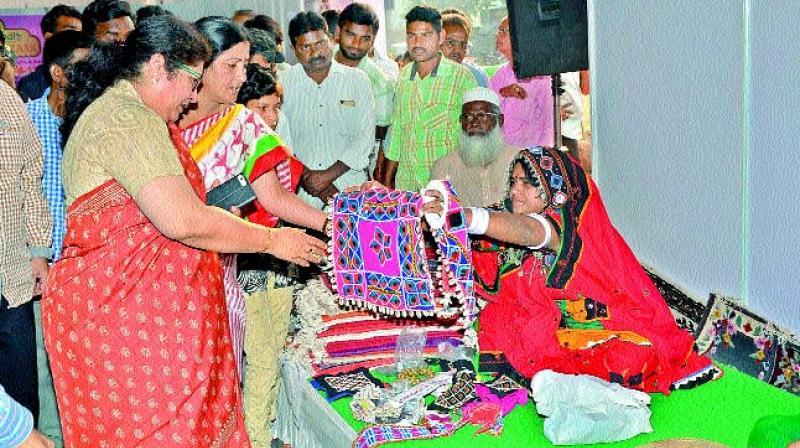 Golconda Craft Bazaar Open In Khammam