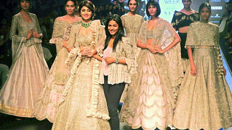 c3c86eeb1c Showstopper Shilpa Shetty loves the jackets in the designer's collection